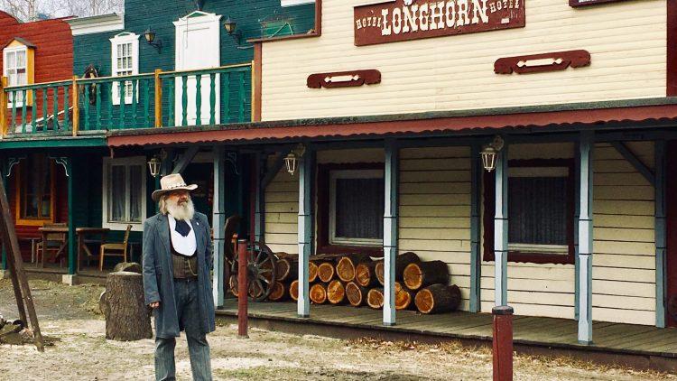 Ralf Kerber auf der Straße der Old Texas Town
