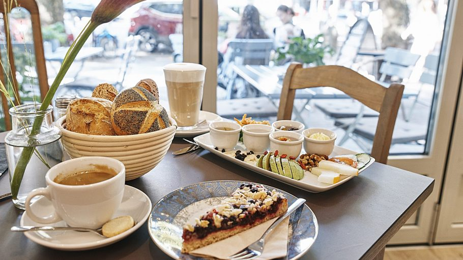 Backstube / Cafe - Bäckermeisterin Christa Lutum