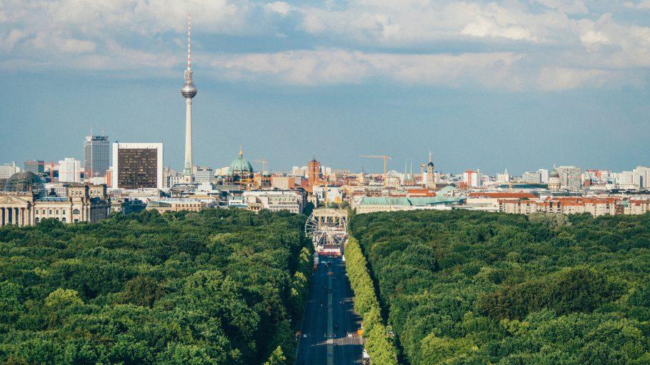 Berliner Skyline mit Tiergarten