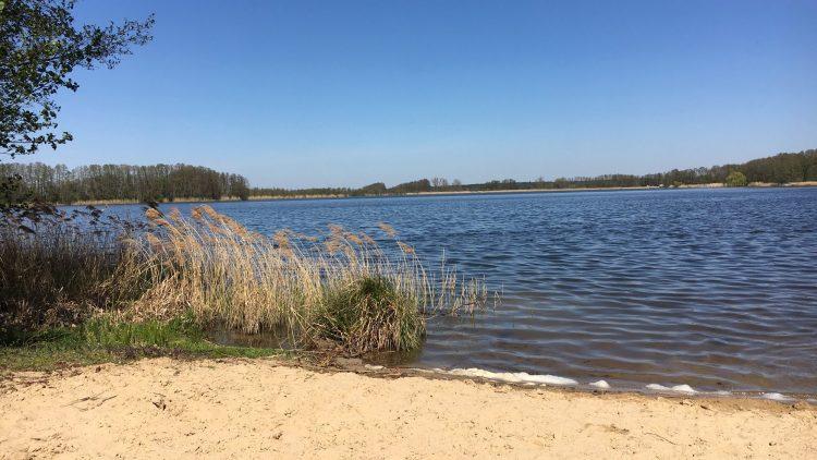 Blkick auf den Netzener See mit Badestrand