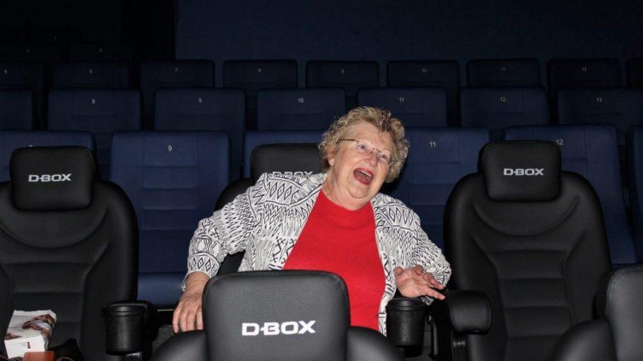 Sitzt im Kinosessel: Zenaida des Aubris