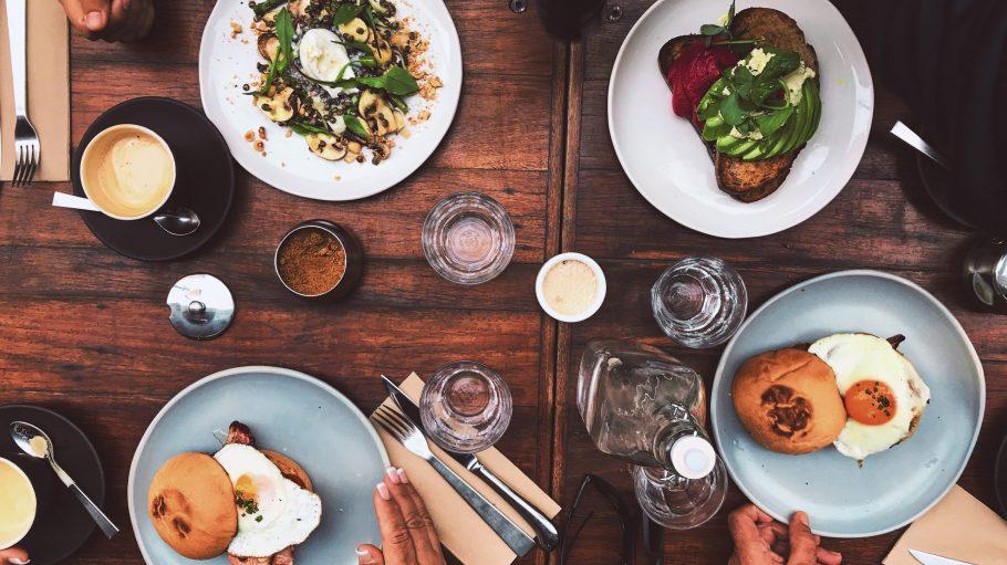 Die wichtigste Mahlzeit am Tag kriegst du in Kreuzberg selbstverständlich all day long. Und richtig lecker noch dazu!