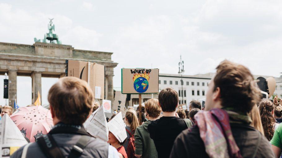 Klimademo vor dem Brandenburger Tor