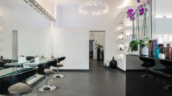 Innenansicht Friseursalon Cenk Zerdeli