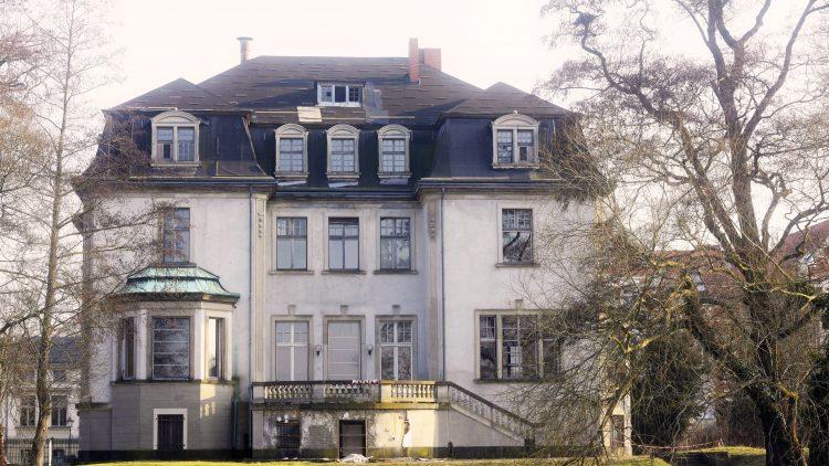 So sah die Villa Kellermann vor der Sanierung aus...