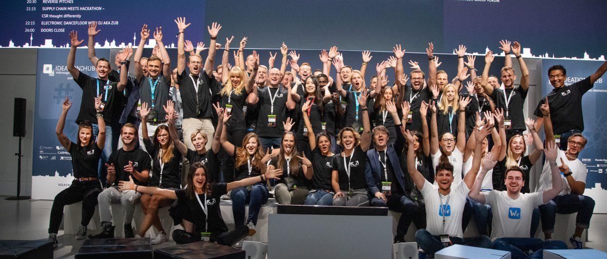 Gruppenbild der Volkswagen Crew bei einem, Event
