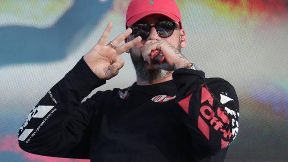 Sänger Sido mit Cap und Sonnenbrille