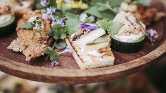 Eventcatering-SinnesRausch-Vorspeise-Brot-und-Gemüse