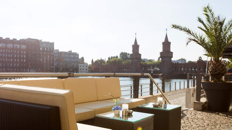 Spreespeicher Lounge Oberbaumbruecke