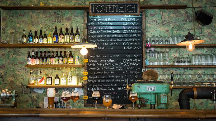 Hopfenreich Bar Tresen mit Igel