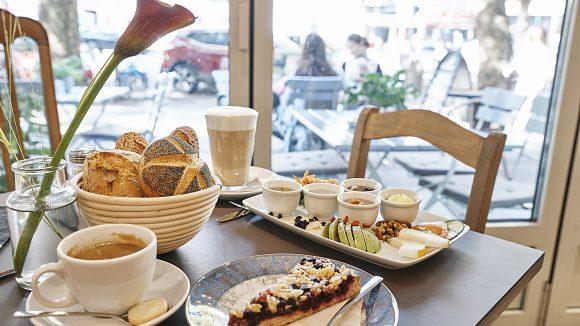 Sitzbereich im Café von Lutum