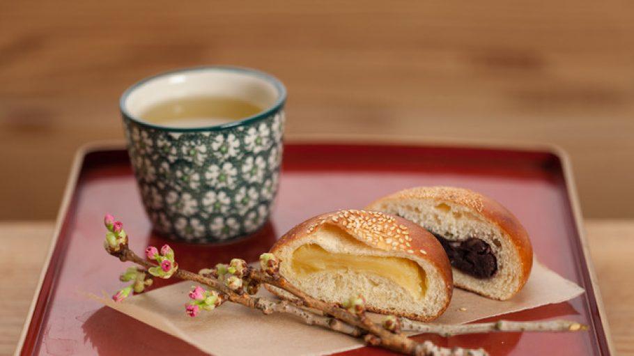 Kame_Anpan_Shiro_anpan_kame_japanese_bakery_still_1