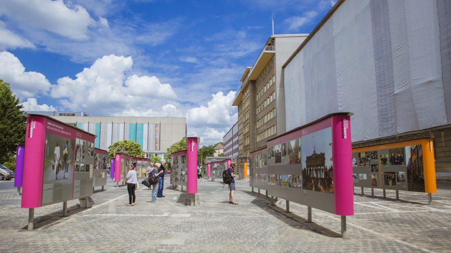 Revolution und Mauerfall Open Air Ausstellung