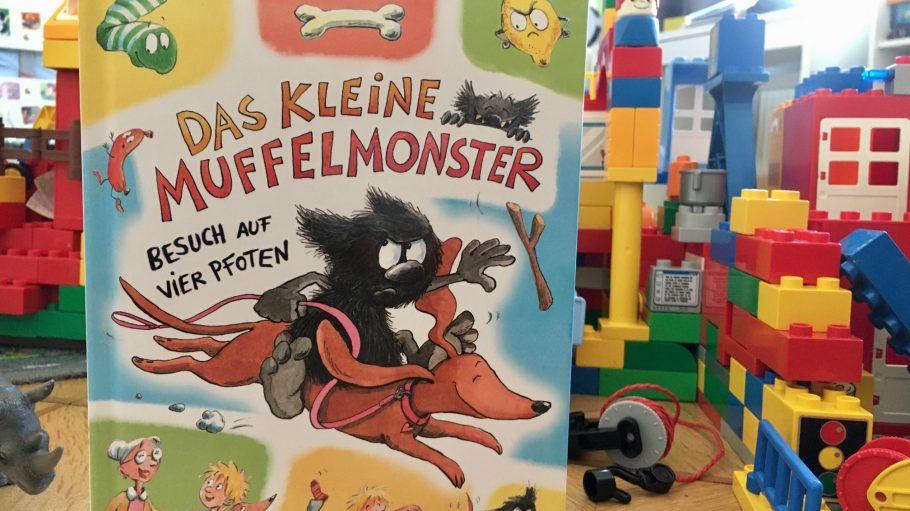 """""""Das kleine Muffelmonster"""" Kinderbuch, Arena, vor Lego"""