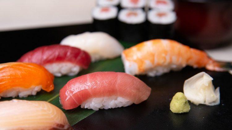 Simples Sushi mit premium Zutaten: das Erfolgsrezept von Motomura.