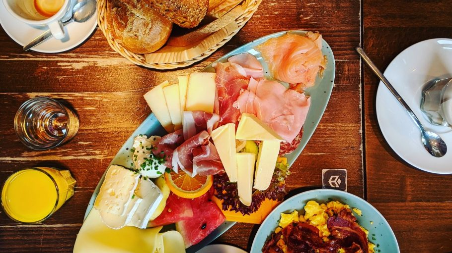 alana-harris-Symbolbild Frühstück Klipper unsplash