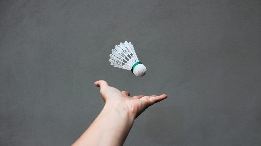 white badminton shuttlecock