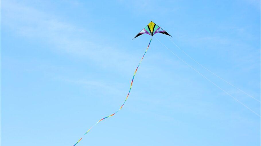 Drachen steigen Kite flying