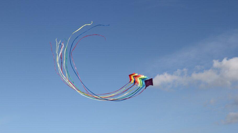 drachen bunt kite