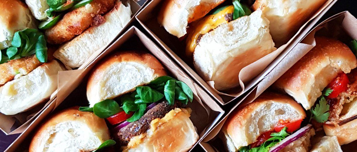 Burger in Boxen