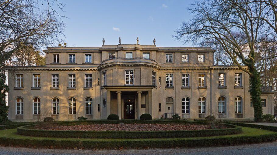 Haus_der_Wannsee-Konferenz_02-2014_Wikipedia
