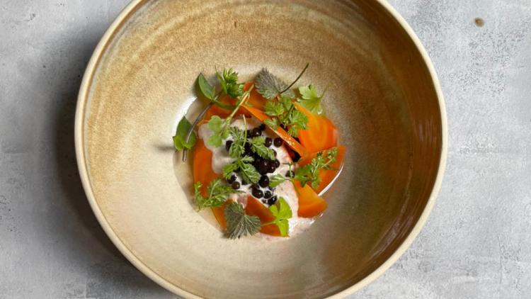 Saisonal, regional und vor allem lecker: die Küche im AV Restaurant.