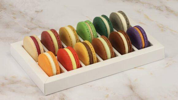 Fluffig, süß und richtig zart: Die bunten Macarons aus dem Loti Pantón.