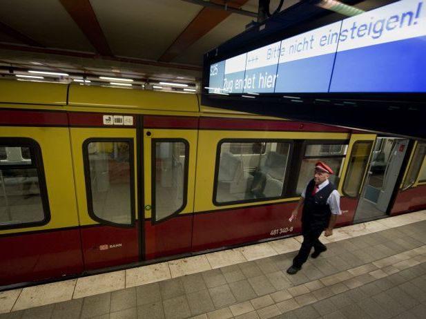 Auch an diesem Morgen gerät der Berliner S-Bahn-Verkehr ins Stocken.