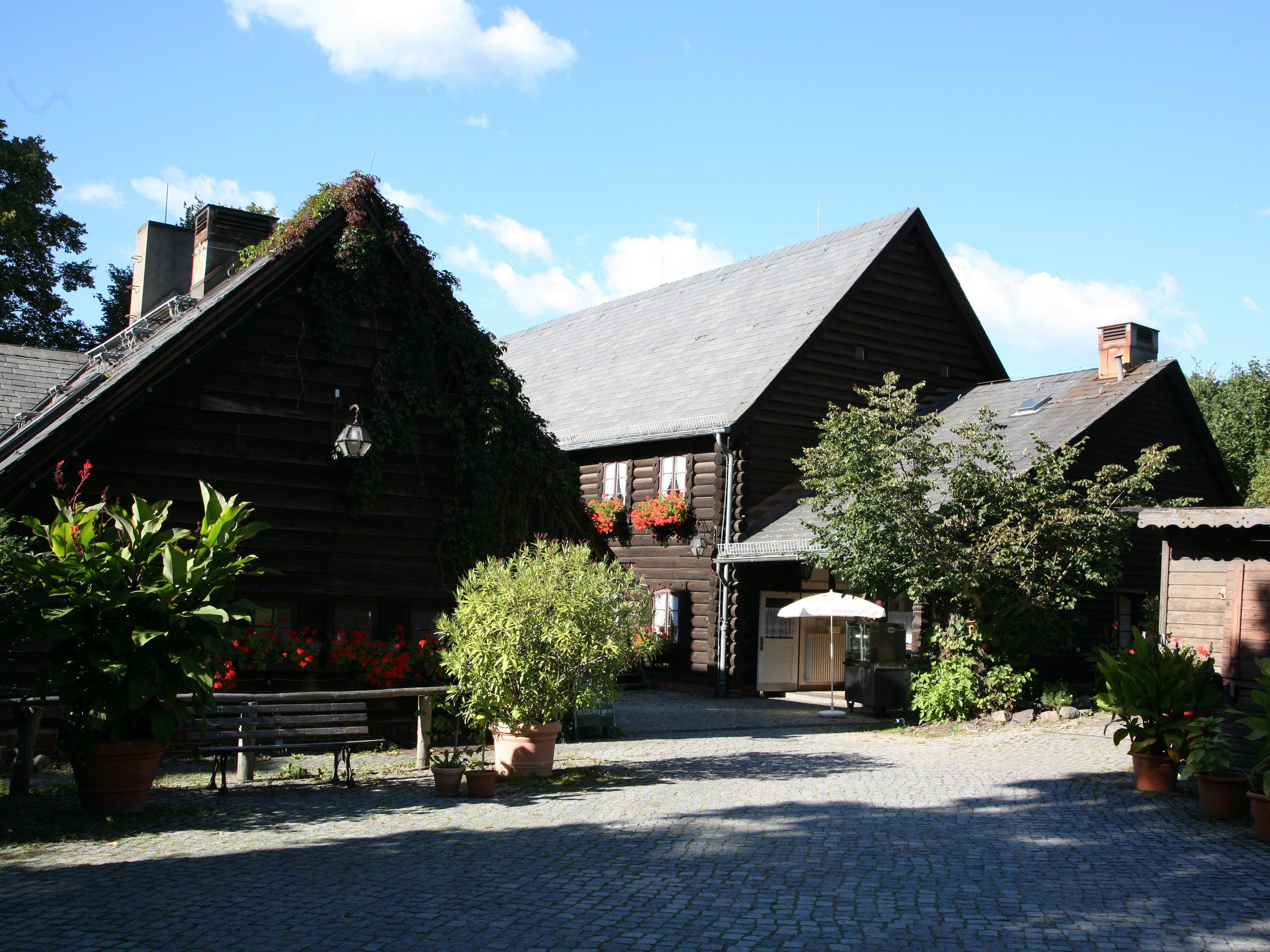 Idyllisch an der Havel gelegen: Blockhaus Nikolskoe