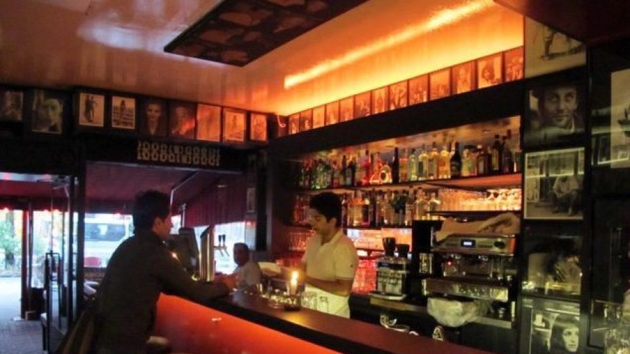 Eine Raucher-Bar mit Flair.