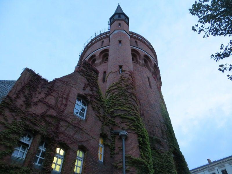 Der Wasserturm in der Kopischstraße.