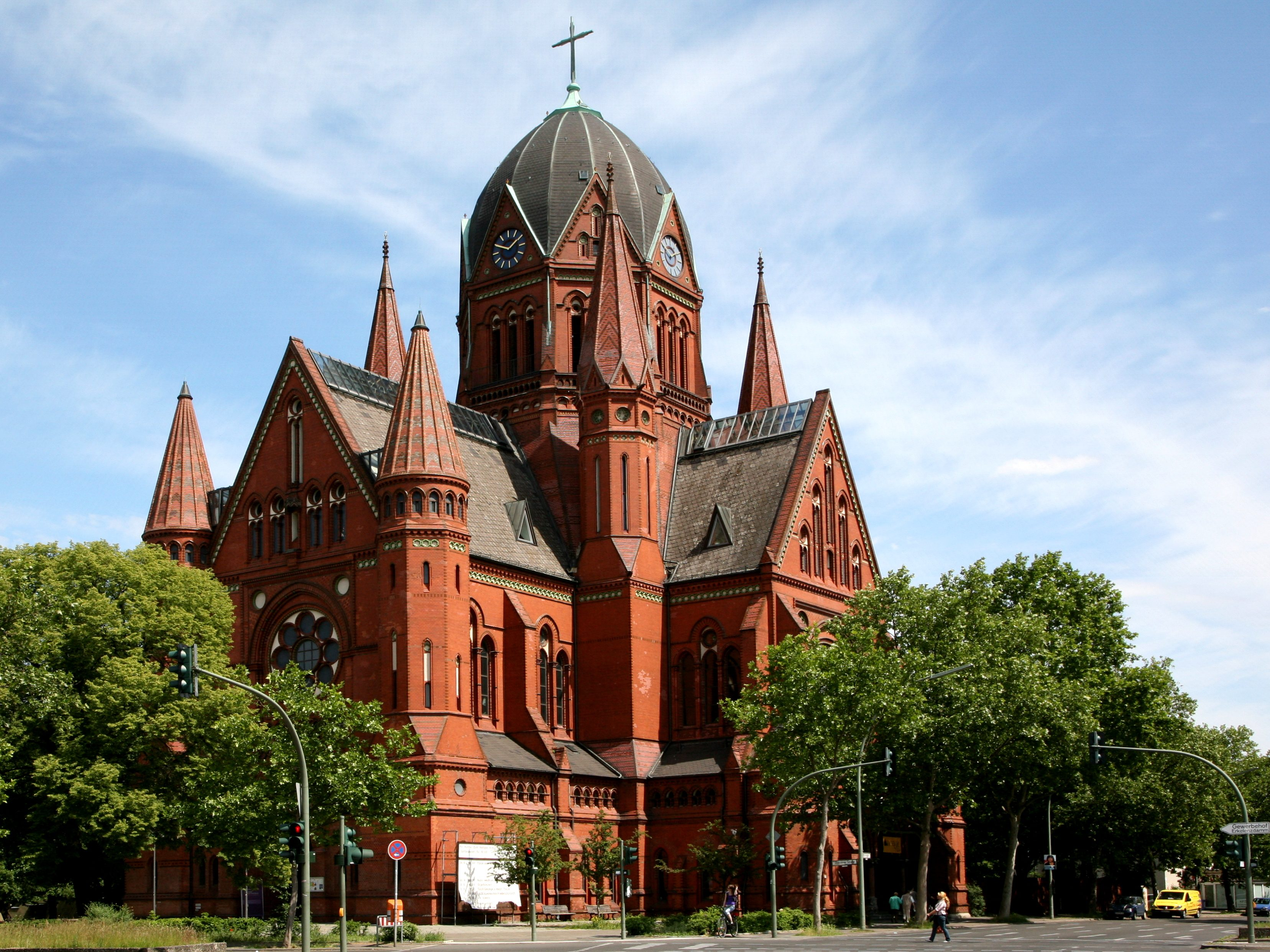 Heilige-Kreuz-Kirche