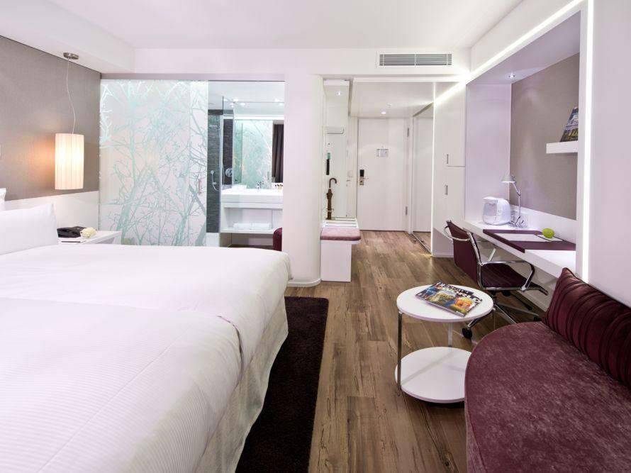 """Die Doppelzimmer """"white comfort"""" (ca. 110 bis 130 Euro/pro Nacht) sind besonders edel ausgestattet."""