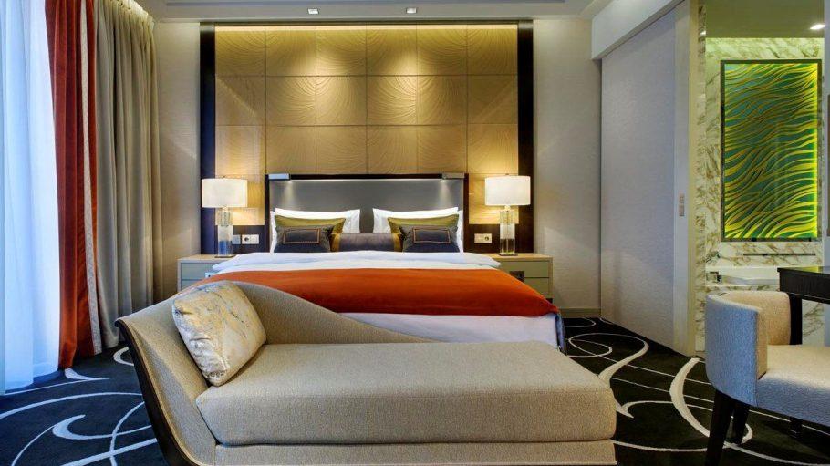 Ein Zimmer im Waldorf Astoria