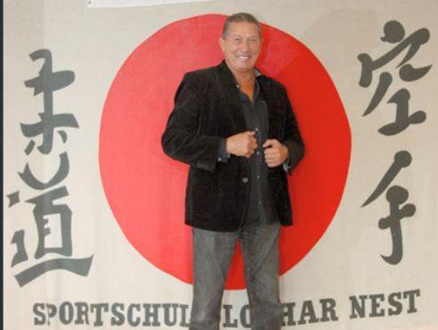 Der Gründer Lothar Nest, selbst zweifacher 9. Dan.