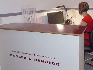 Die Rechtsanwaltskanzlei Bussek und Mengede in Prenzlauer Berg.