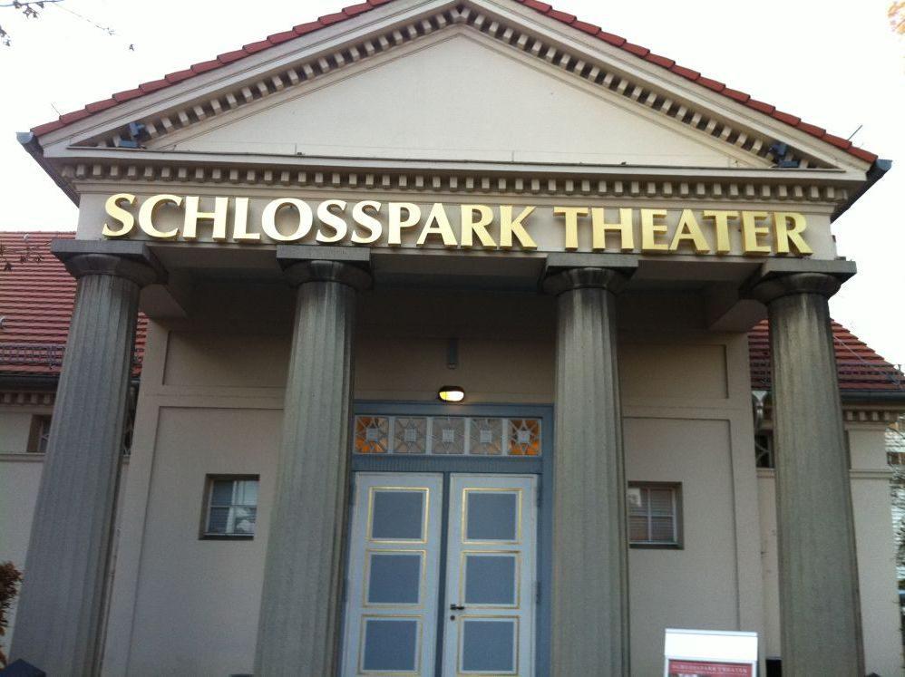 Traditionsspielstätte in Steglitz: das Schlosspark Theater.