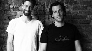 Die Macher: Max, der Gründer und Designer, und Flo, der sich ums Technische kümmert.