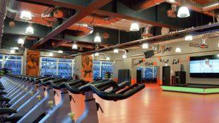 FitX Fitnessstudio Berlin-Alexanderplatz: Der Kursraum.