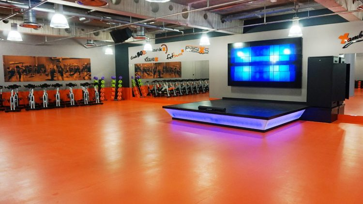FitX Fitnessstudio Berlin-Schöneberg: Der Kursraum.
