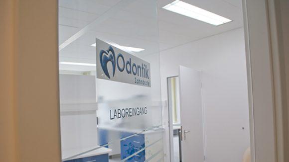 Zahnarzt Stefanos Baraliakos