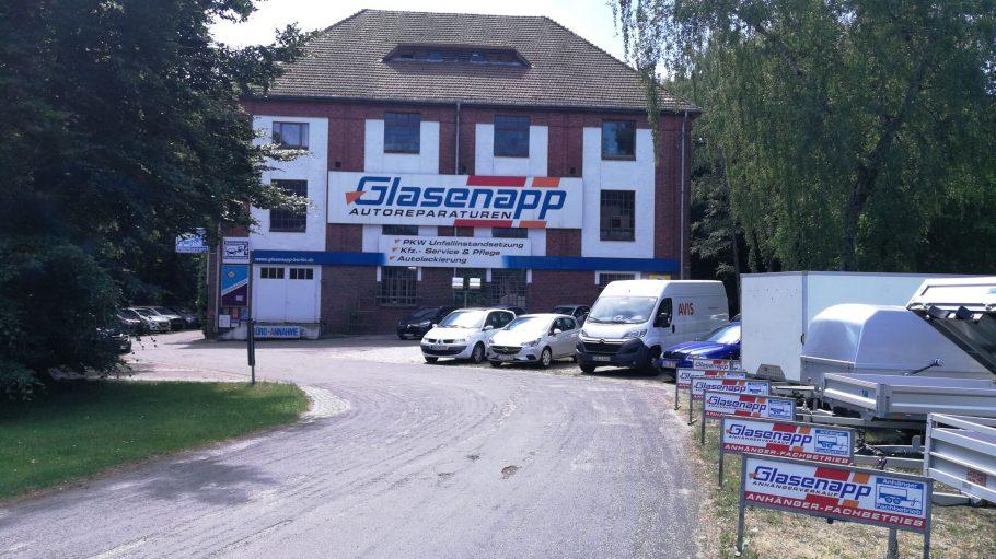Glasenapp Autoreparaturen + PKW-Anhänger in Berlin-Hermsdorf